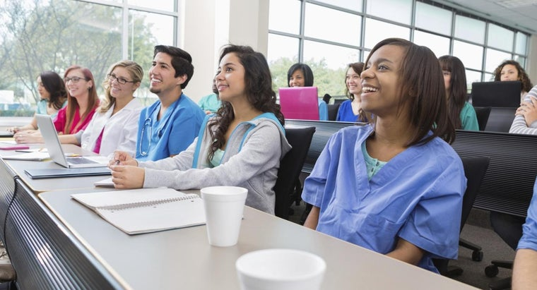 What Are Some Different Nursing Credit Classes?