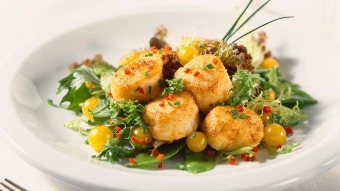 What Are Some Good Recipes Using Scallops?