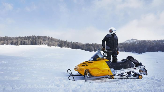 What Are Some Snowmobile Junkyards That Sell Parts Online?