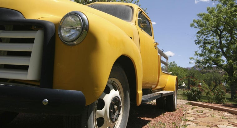 How Do You Choose the Right Paint Colors for Your Truck?