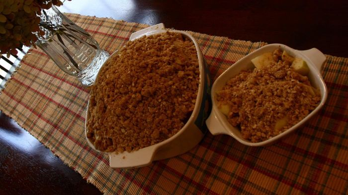 How Do You Make Home-Made Apple Crisp?