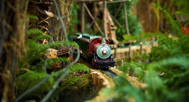 What Are Some Good Model Train Sets?