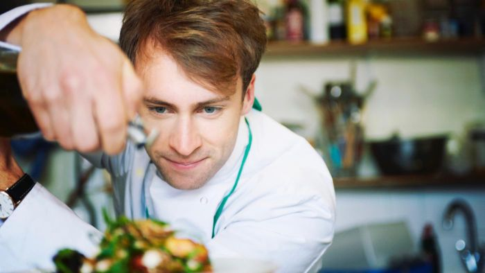 How Do You Apply for Chef School?