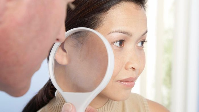 What Are Some Signs of Lupus?