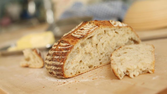 What is an easy recipe for sourdough bread?