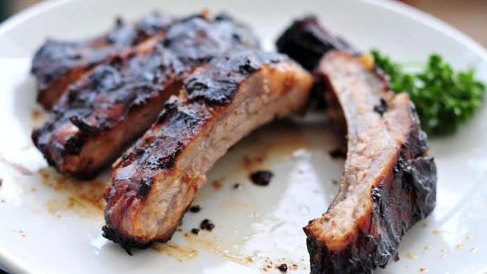 How Can You Find an Easy Recipe for Cooking Ribs in a Crock-Pot?