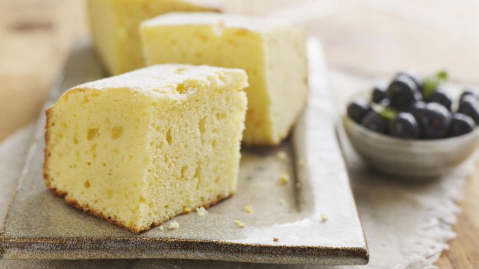 What Is a Recipe for Moist Lemon Cake?