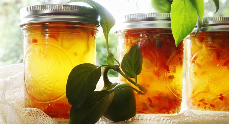 What Is an Easy Recipe for Pepper Jelly?