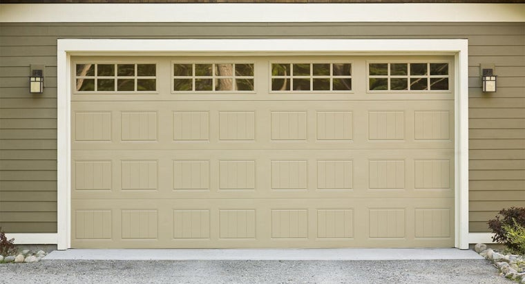 What Are Some Highly Rated Garage Doors According to Experts?