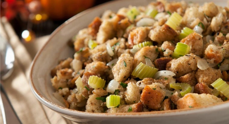 What Are Some Old-Fashioned Stuffing Recipes?
