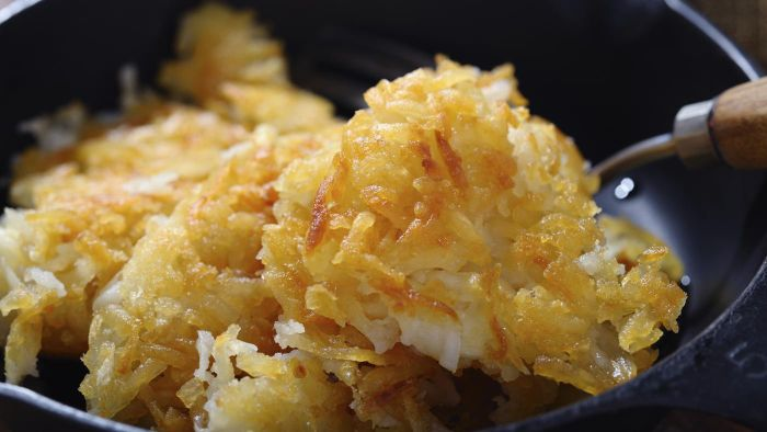 How Do You Make Potato Soup With Hash Browns?