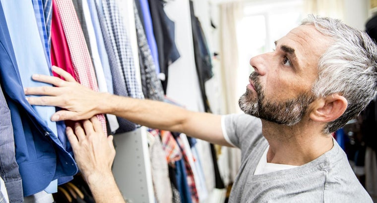 What Are Some Ideas for Organizing a Bedroom Closet?