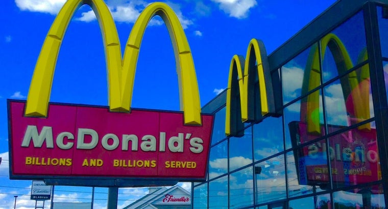 How Do You Find Out Which McDonald's Are Selling the McRib?