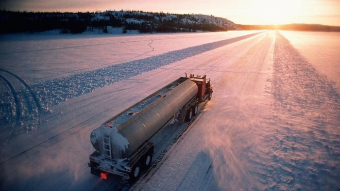 When Do Ice Road Trucking Companies Begin Hiring Drivers?