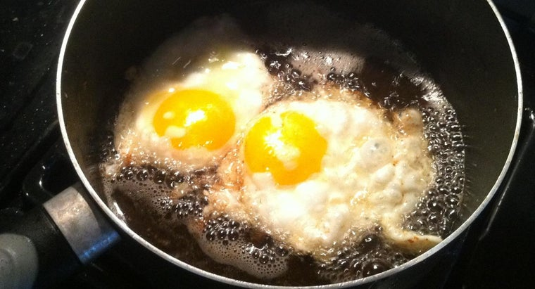 What Are the Nutrition Facts for an Egg?