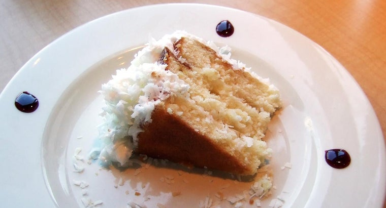 What Is the Easiest Way to Make a Coconut Cake?