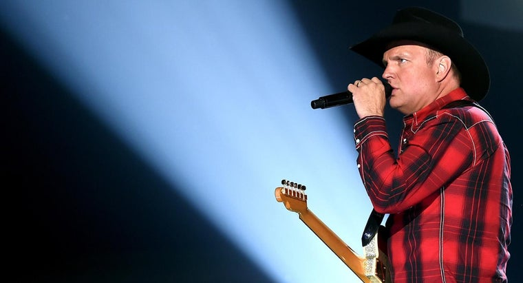 What Are Some of Garth Brooks' Greatest Hits?