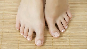 What Are Some of the Causes of Thick Toe Nails?