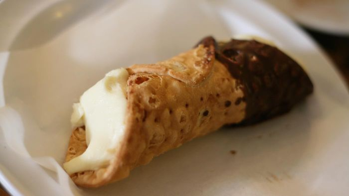 Where Can You Find Recipes for Italian Cannoli Recipes?