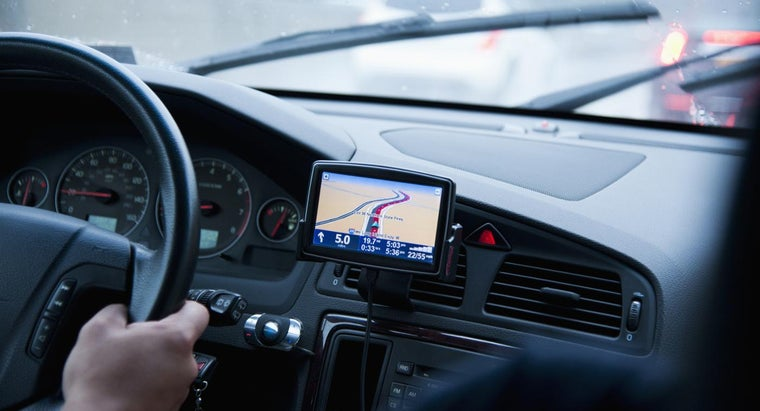 How Do You Operate a GPS Unit?