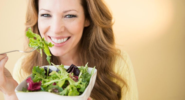 What Are Some Healthy Eating Tips for Women?