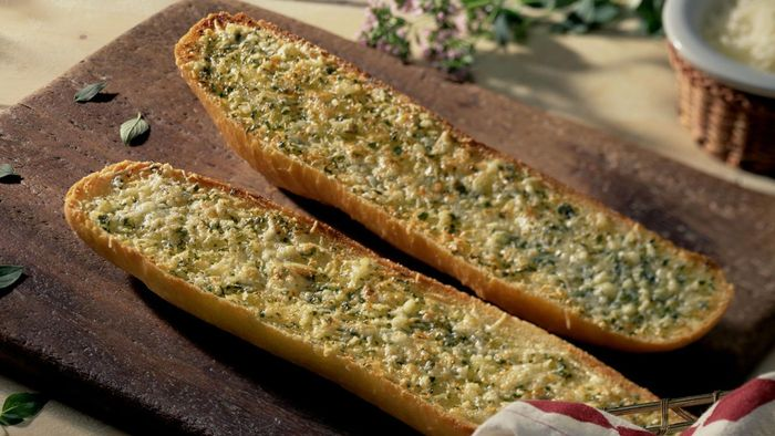 How Do You Make Garlic Bread?