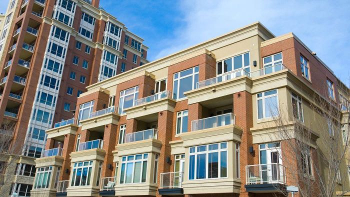 What Responsibilities Does a Condo Board of Directors Have?
