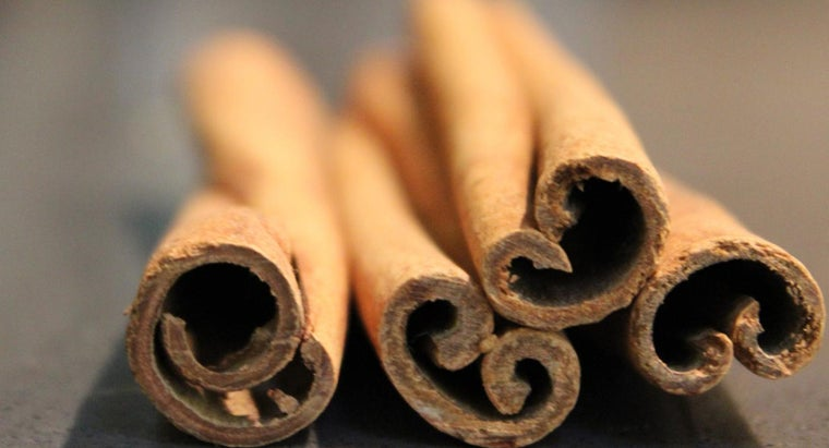 What Are Some Easy Cinnamon Candy Recipes?