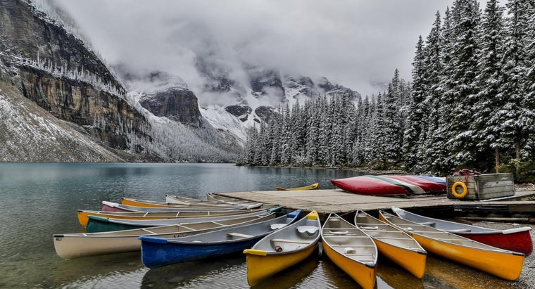 What Are Some of the Natural Resources in Alberta, Canada?