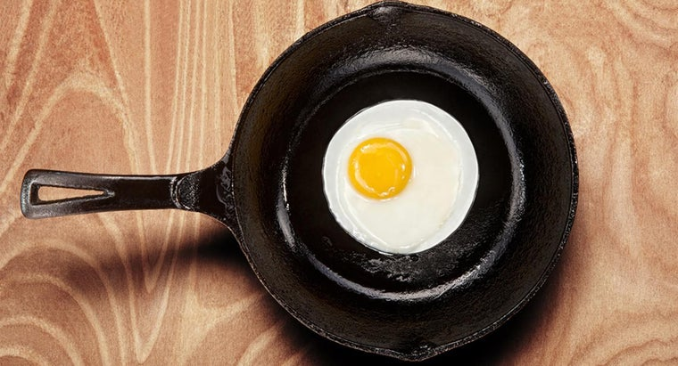 How Do You Cure a Cast Iron Skillet?