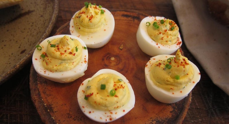What Is a Simple Recipe for Deviled Eggs Using Mustard?