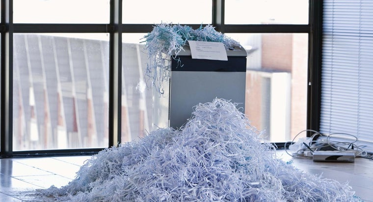Is It Necessary to Remove Staples From Paper Before Shredding It?