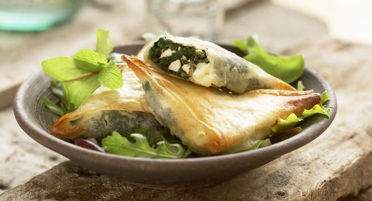 What Is a Good Recipe That Uses Feta Cheese and Spinach?