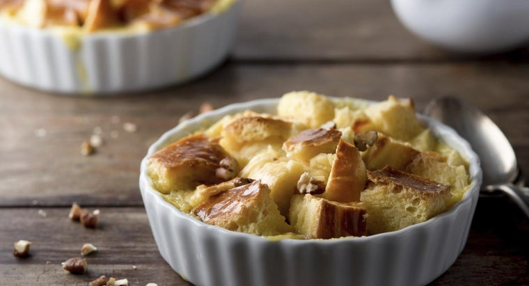What Are Some Recipes for Southern Style Bread Pudding?