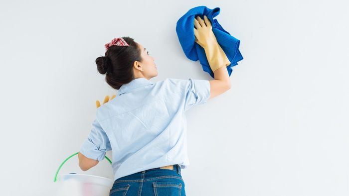 What qualities should you look for in a cleaning service?