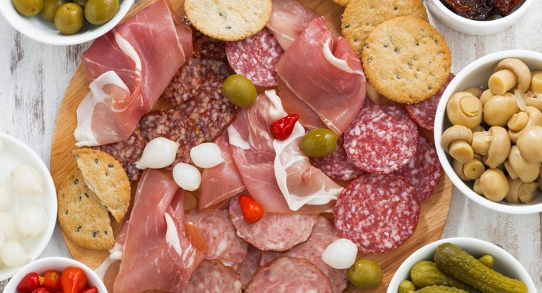 What Are Some Traditional Italian Appetizers?