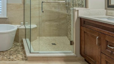 What Are the Standard Sizes for Shower Bases?