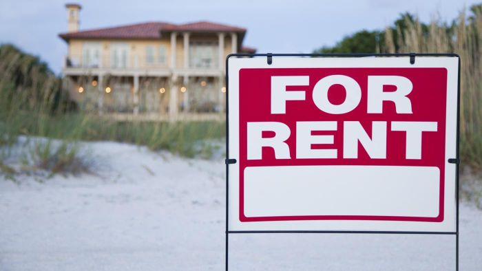 How Can People Find Four-Bedroom Homes for Rent?