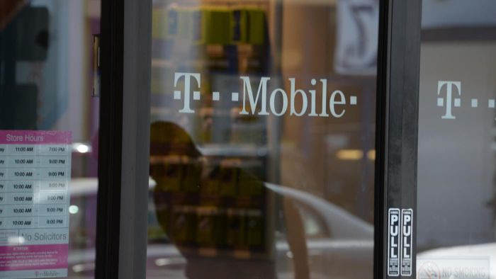 What Are the Best T-Mobile Family Plan Deals?