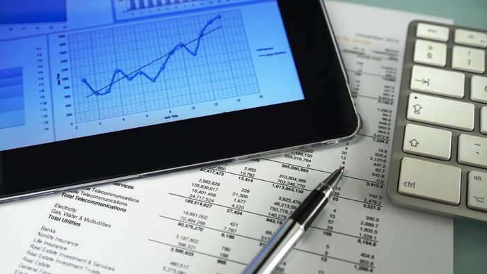 How Do You Learn How to Buy Stocks?