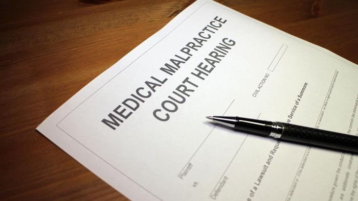 How Do You Find Malpractice Lawsuits Against Doctors?