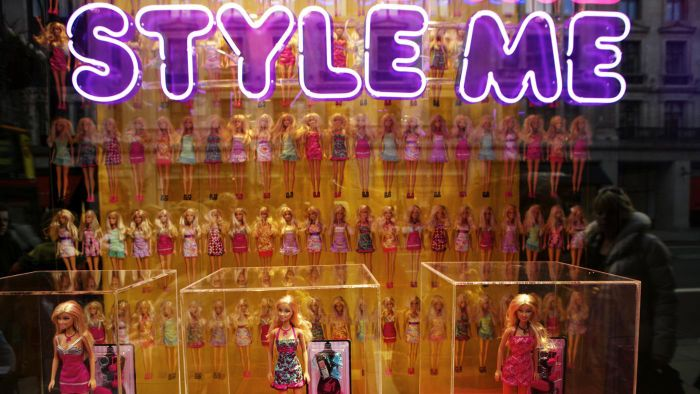 Where Can You Play Online Barbie Fashion Games?