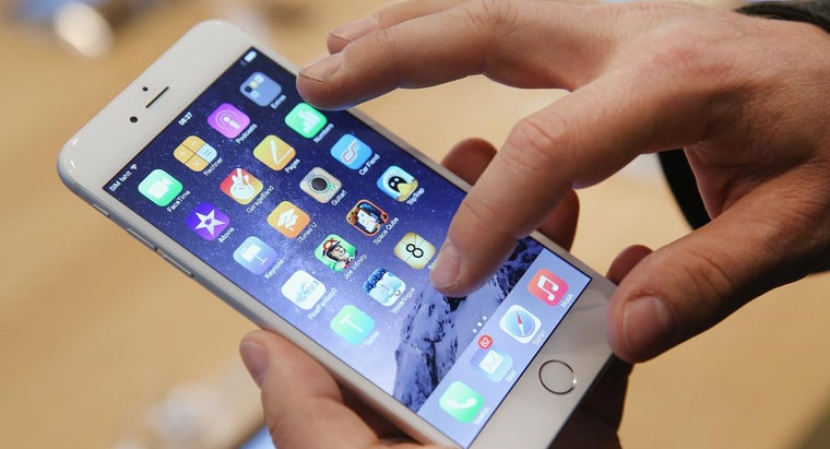Do You Need to Have a Service Contract to Get an IPhone Free?