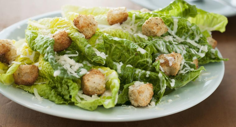 What Are Some Good Green Salad Recipes?