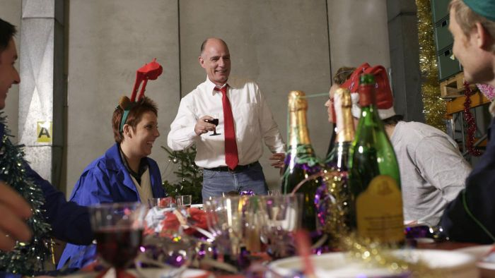 What Are Some Fun Office Holiday Party Games?