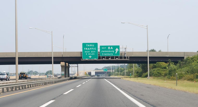 What Websites Feature Live Webcams for Traffic on the New Jersey Turnpike?