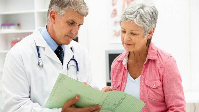 What is the average retirement age for a doctor?