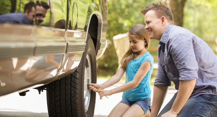 How Do You Determine the Correct Tire Pressure for a Truck?