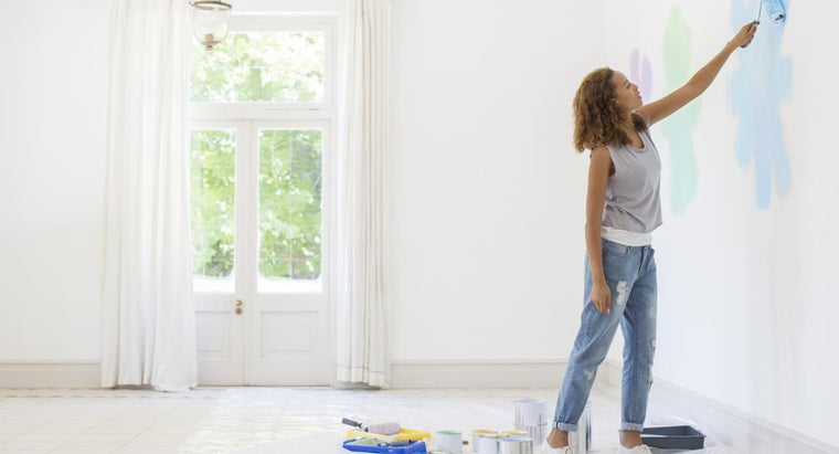 What Are Some Quality Brands of House Paint?