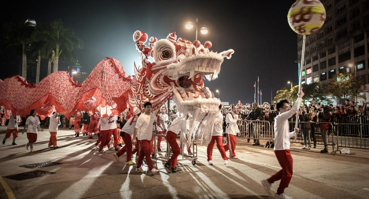 What Are Some Traditional Ways to Celebrate Chinese New Year?